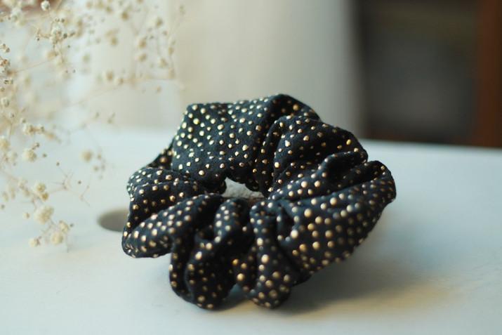 Chouchou Amélie Noir à pois dorés