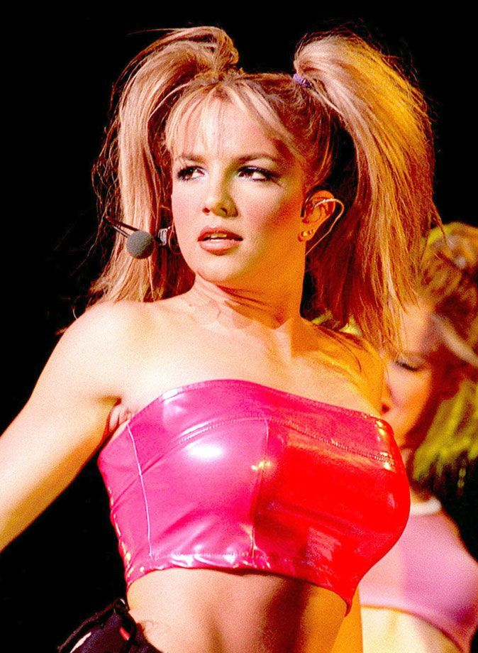 photo Britney Spears couettes hautes
