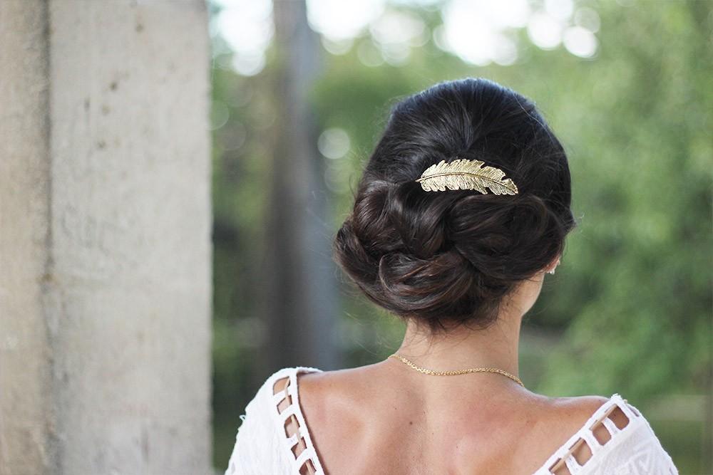 Barrette cheveux femme plume dorée bohomane